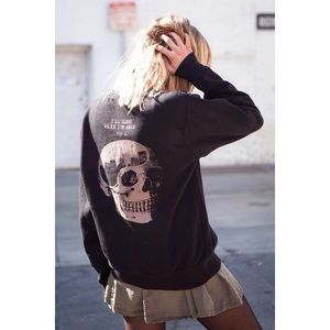 Brandy Melville Sweaters - RARE Brandy Melville Erica Crewneck Sweater