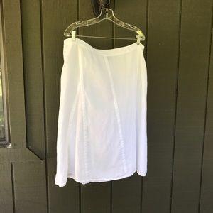 White linen Eileen Fisher Skirt. L