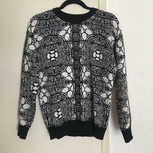 Alexander McQueen Sweaters - Alexander McQueen soft wool black/white crewneck
