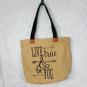 Thirty One Handbags - Thirty One Wander Tote Bag Live True & Be You