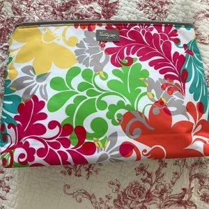 thirty one Handbags - Thirty One thermal zipper bag