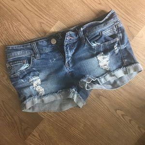 Wallflower Pants - Cut off jean shorts