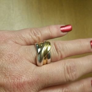 Premiere two tone ring