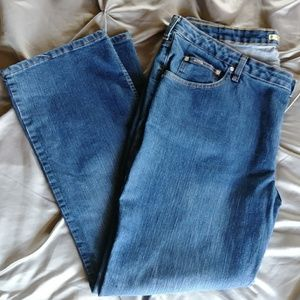 Riders bootcut/wide leg jeans 24w/32m