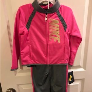 Other - Nike sweatsuit