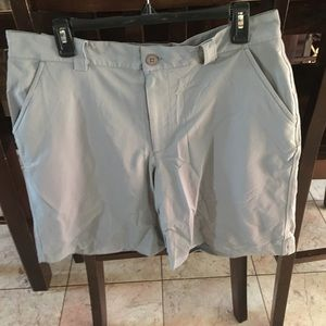 Under Armour Other - Men's Under Armour gray shorts