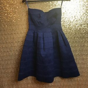 Sans Souci Dresses & Skirts - NWOT Strapless dress