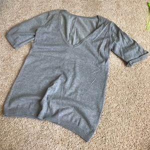 Deep V necks gray sweater sz S