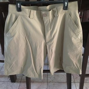Under Armour Other - Men's Under Armour tan shorts