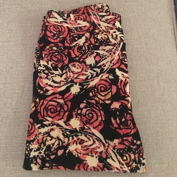 28% off LuLaRoe Pants - Lularoe black background rose OS leggings from Carynu0026#39;s closet on Poshmark