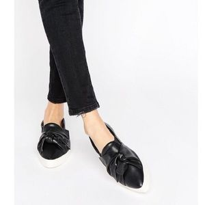 NWT Mango MNG slip on black bow Detail sneaker