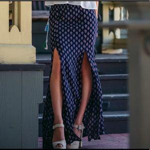 Dresses & Skirts - double slit // maxi skirt