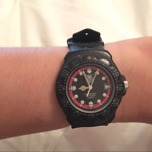 Tag Heuer Accessories - Black Tag Heuer 'Proffesional' Watch ⌚️