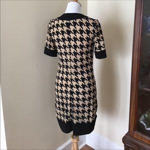 57aa6b1d352 Kim Rogers Dresses - Kim Rogers houndstooth tunic shift dress