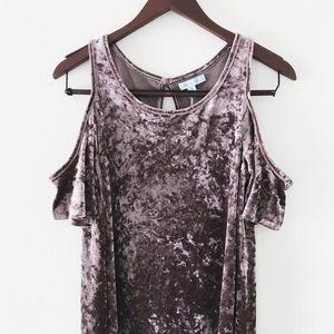 She and Sky Dresses & Skirts - 🆕 dusty mauve velvet cold shoulder dress