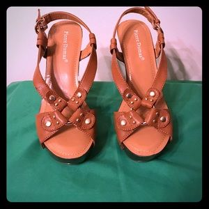 Shoes - Tan and Gold Sandals