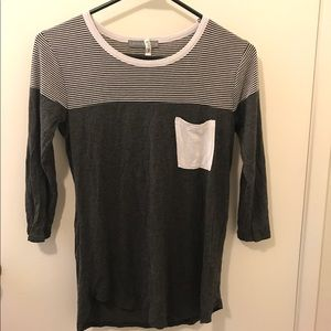 Loveappella Tops - Loveappella Grey quarter sleeve tee with pocket XS