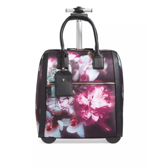 f87b65e5f Ted Baker Black Odina Porcelain Travel Bag. M_5951c02b5a49d02f780a34bd