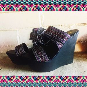 Mossimo Shoes - NWT 🌞 Boho Black Wedge Sandals By Mossimo 7 1/2