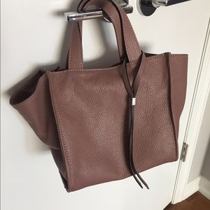 8f562fc474 gianni chiarini Bags - Nwt lightweight leather tote bag with long strap.