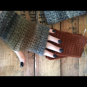 Accessories - Fingerless gloves!