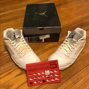 Air Jordan Shoes - Women's 12/Men's 10.5 Jordan 5 Retro Low White