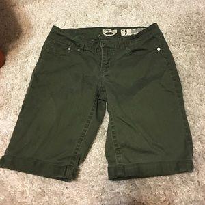 Indigo Rein Pants - 🔥Sale🔥Indigo Rein Forever Bermuda Shorts size 5