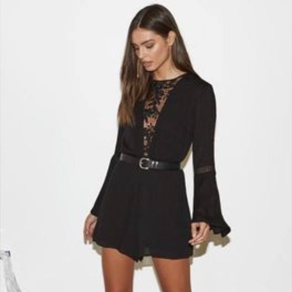 7cb16421c5eb NWT Kendall   Kylie lace black long sleeve romper