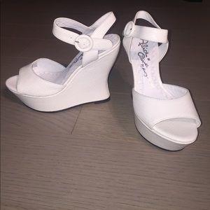 Alice + Olivia Shoes - White Alice + Olivia Wedge Snakeskin Sandals
