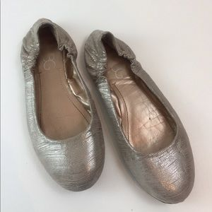BCBG Shoes - BCBG Metallic ballerina flats