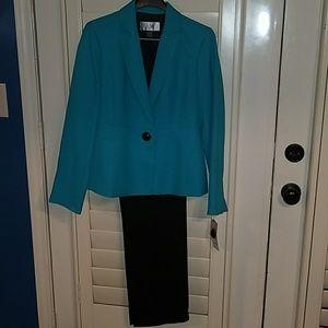 Le Suit Other - NWT LE SUIT Petite Teal Jacket Black Pants Sz 2P