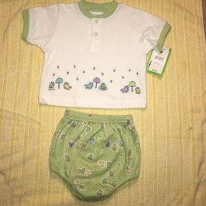 "Carters Other - Two-piece green & white infant "" froggy"" play set"