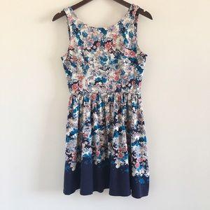 LC Lauren Conrad Dresses & Skirts - LC Lauren Conrad Floral Sleeveless Dress Size S