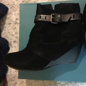 Blowfish Shoes - NWT Blowfish Black Booties in style Beryl Size 8.5
