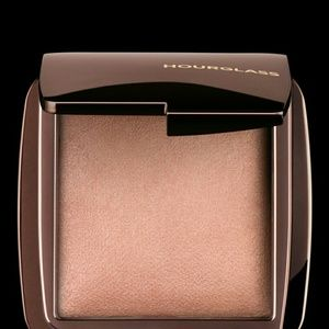 Hourglass Cosmetics Ambient Lightning Powder