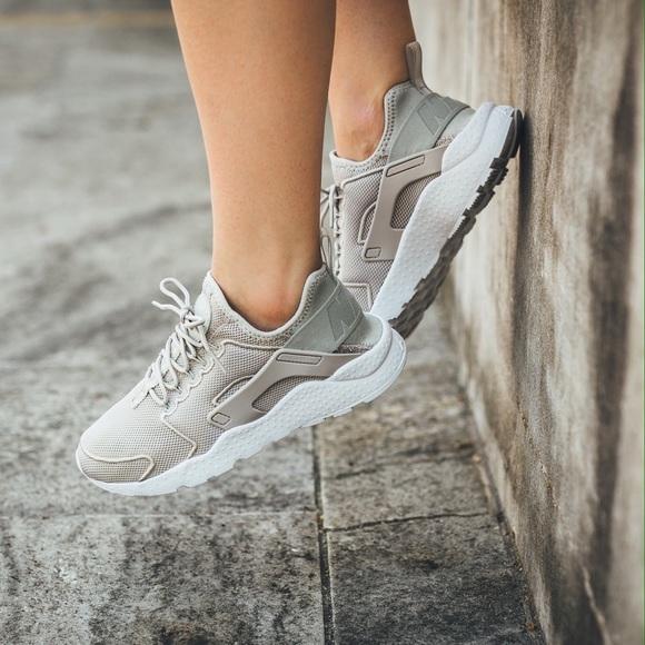 7a14db020b7 Nike Air Huarache Ultra Breathe Pale Grey