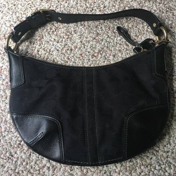 d5a98f15b5 coach Handbags - Coach Boho shoulder bag