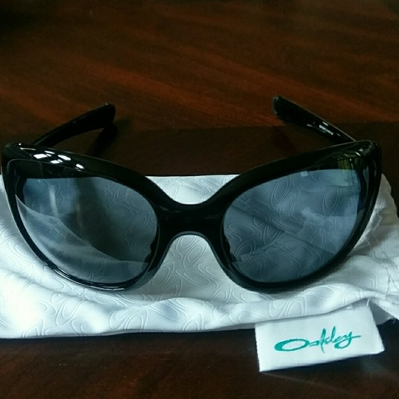 c2938a6a72 Last Pr Oakley Polarized Necessity Sunglasses NIB