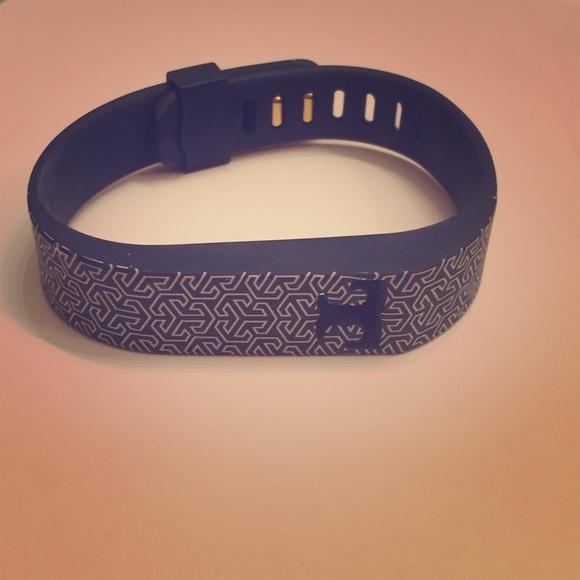 c97fe66f184 Navy Tory Burch Fitbit Flex 1 bracelet. M 59527407f0928220980066de