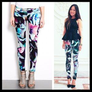 j brand // hydrangea print super skinny jeans