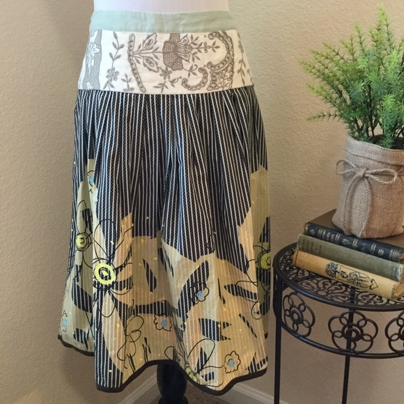 Off cabi dresses skirts artsy embroidered