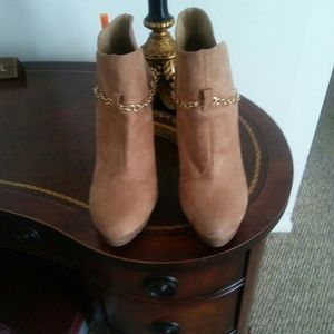 Forever 21 tan suide ankle boots
