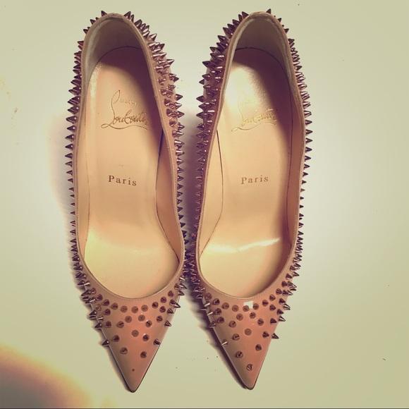 449823f698b5 Christian Louboutin Shoes - 100% Auth Christian Louboutin ESCARPIC nude 💖