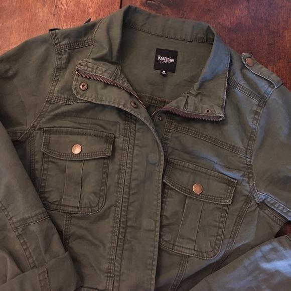 70a8719dac Kensie Jackets   Blazers - Kensie Jeans olive green military jacket!
