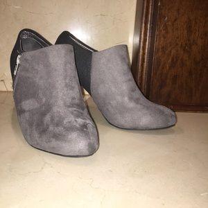 Shoes - Color block heels