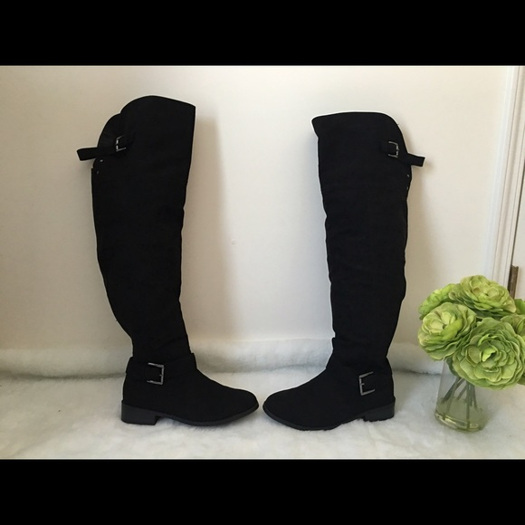 f9a8860605c Torrid Over the Knee Faux Suede Boots. M 5952aa1ef739bc29fc0c653d