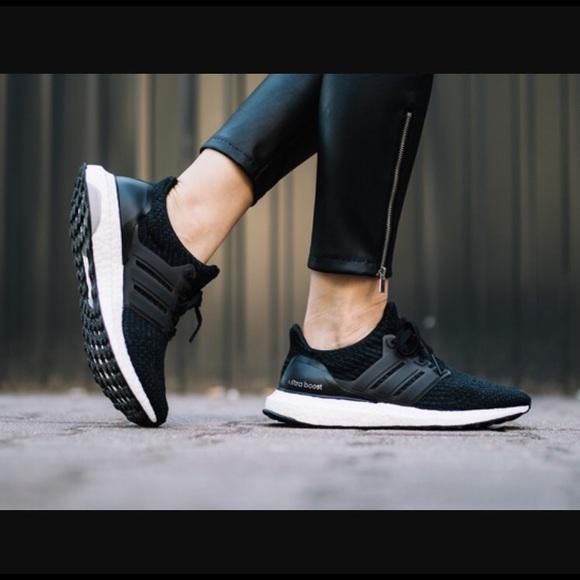 pretty nice f5185 3b436 Adidas NWB ultraboost in black S80682
