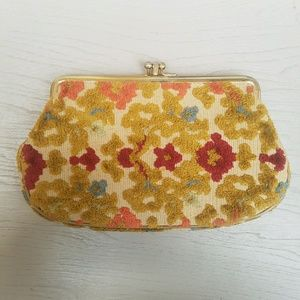 Vintage Handbags - Vintage Floral Carpet Wallet/ Coin Purse