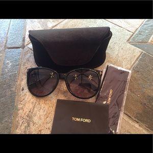 464f5a54db7 Tom Ford Accessories - Tom ford sunglasses ft9309