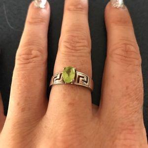 Jewelry - Sterling silver .925 peridot ring sz 8